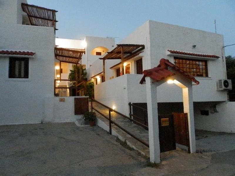 aeolos hotel apartments mavrovouni